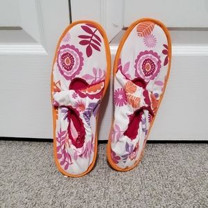 NWOT slippers. Size L